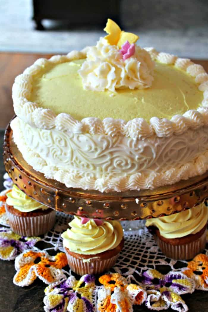 A white cake with Saskatoon berry filling and lemon buttercream icing. Can be made as blueberry cake filling.