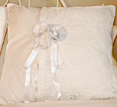 Romantic Cushion