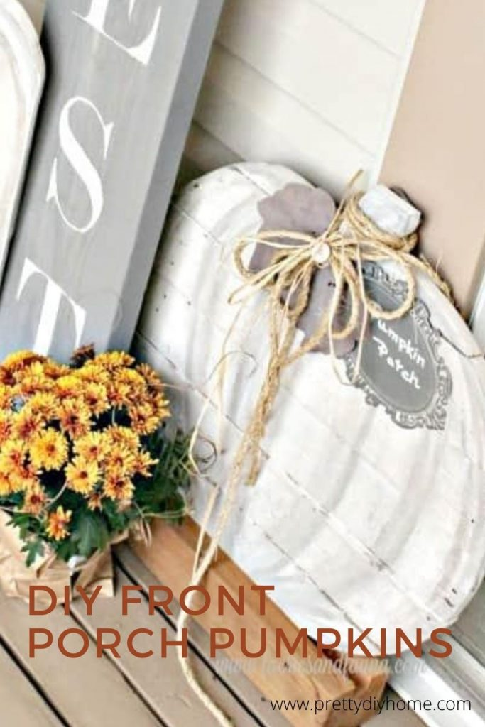 Easy to make wood pumpkin signs for the front porch in white and grey.