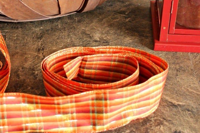 How to fold the ribbon for a DIY lantern flower arrangements for fall decor