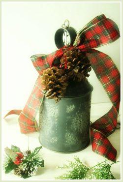 Vintage, Christmas , Punched Tin, Refurbish