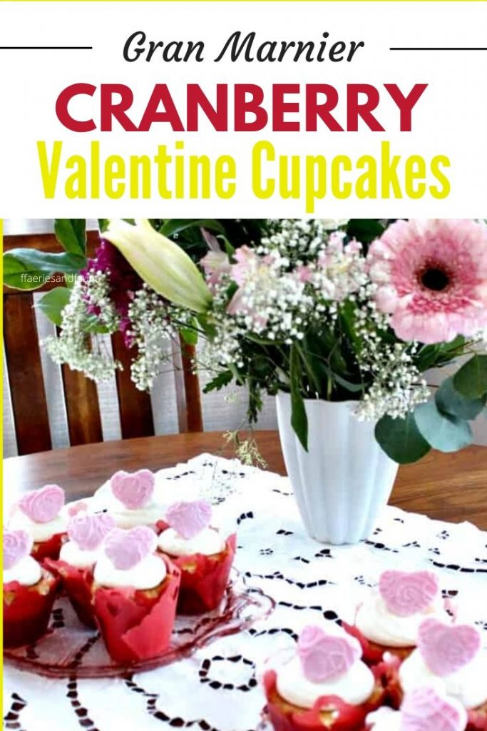 Valentine cupcakes with gran marnier and cranberry filling.