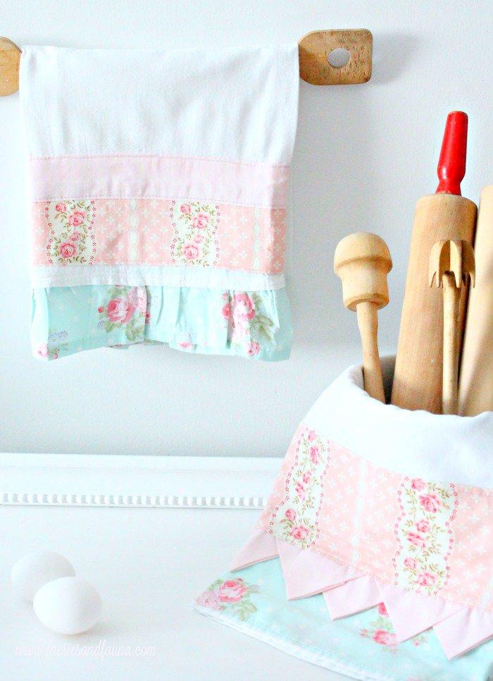 Pretty tea towels with flour sack material and prairie point trim.
