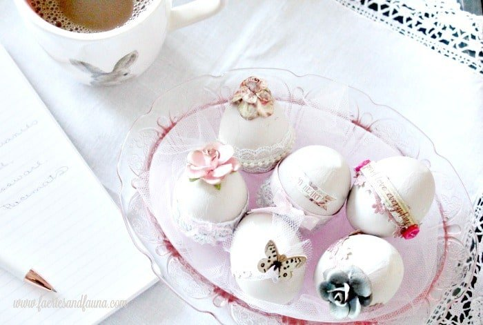 Easy Easter egg design idea, pretty shabby chic Easter eggs in pink with flowers lace and butterflys