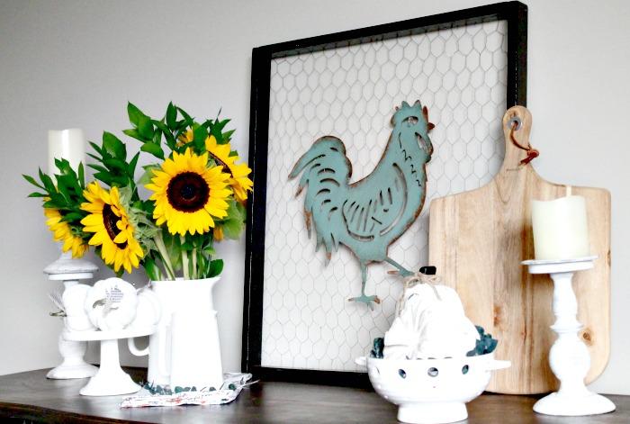 How to Add Farmhouse Charm, Farmhouse Fall Decor, DIY Fall Decor, Farmhouse fall decor
