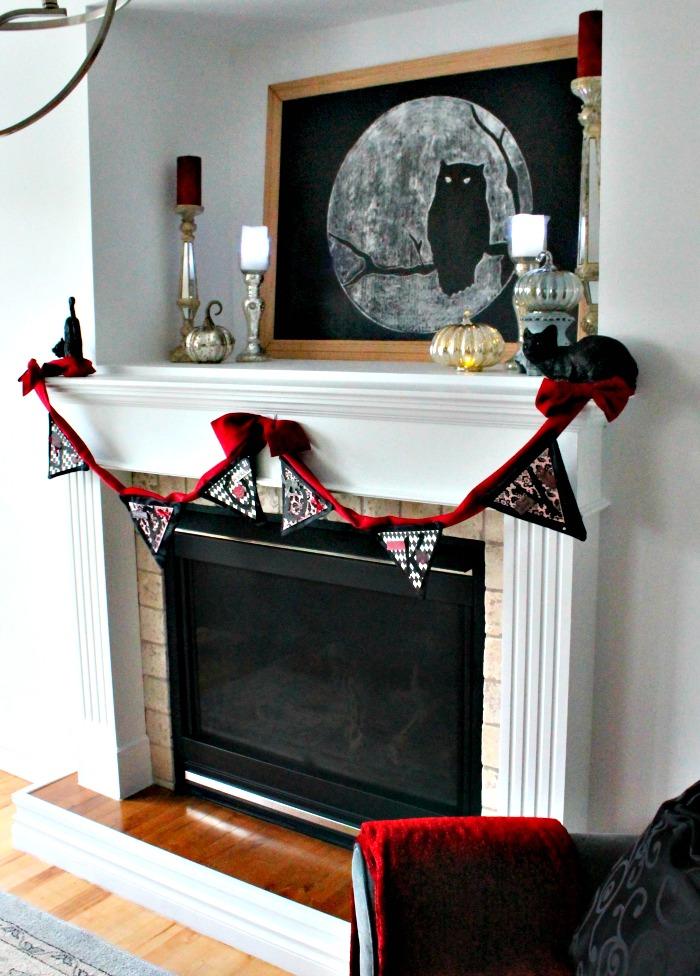 Fireplace Halloween decor ideas. Pretty Halloween, Elegant Halloween, DIY Halloween Decorations, Halloween Decor, DIY Halloween Decor