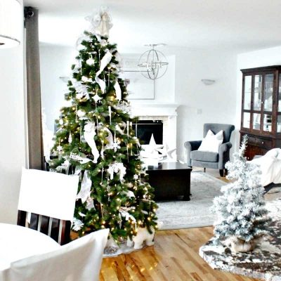 All White Christmas Decor for a Calm and Serene Look