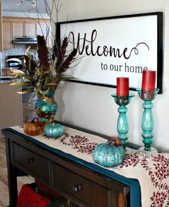 A large DIY welcome sign. This DIY wood sign is a large, farmhouse sign for the home.