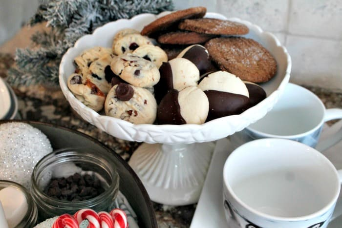 Christmas treats for a hot cocoa bar. that includes sprinkles cocoa, coffee, tea, liqueurs hot chocolate bar,hot chocolate bar ideas, hot chocolate toppings,