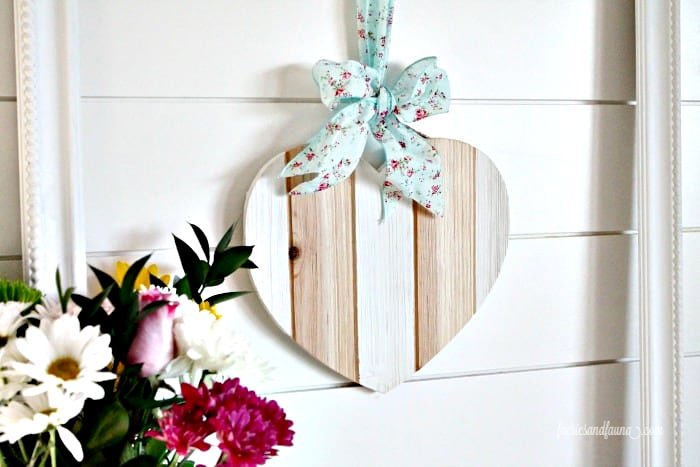 Valentine craft using a wood heart.