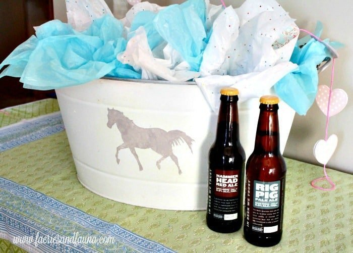 Valentines day gift for guys with craft beer, playing on man flowers idea. A good Valentines day gifts for him, a DIY bucket of craft beer for Valentines day