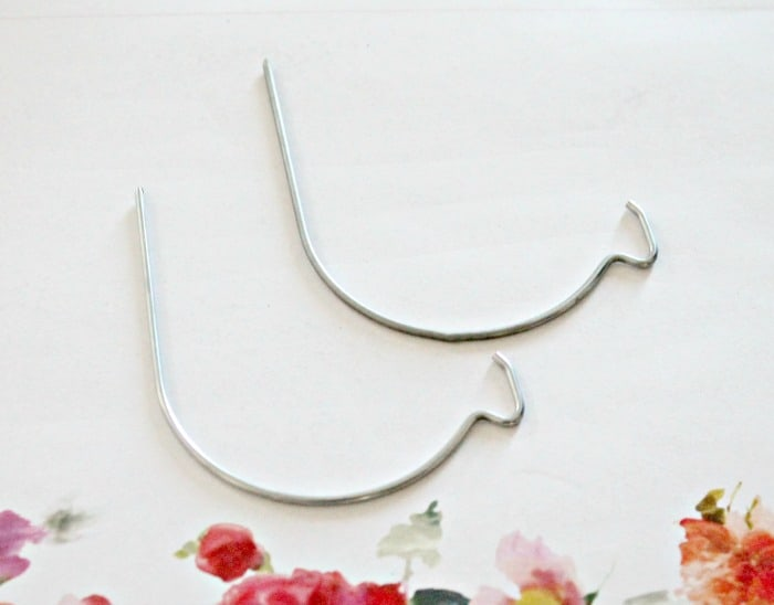 Picture hooks for hanging to gyproc