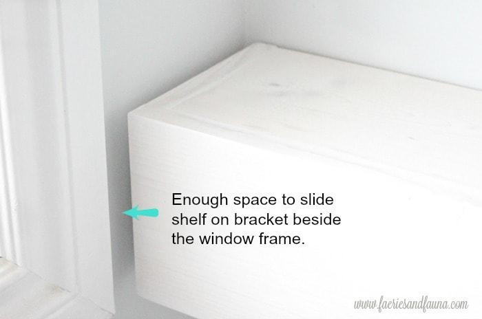 DIY bathroom shelf idea. in white.