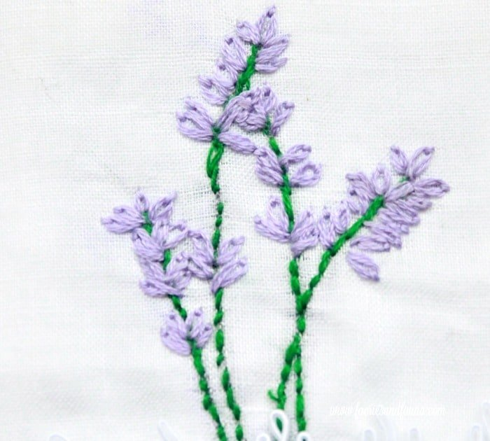 Complete lavender embroidery pattern for the top portion of a lavender sachet. sachet, how to make lavender bags, how to make sachets, lavender bags pattern, hand embroidery, hand embroidery patterns, hand embroidery stitches, hand embroidery designs.