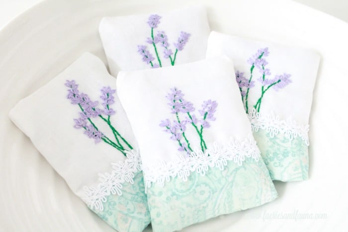 Lavender sachets a simple embroidery craft project.