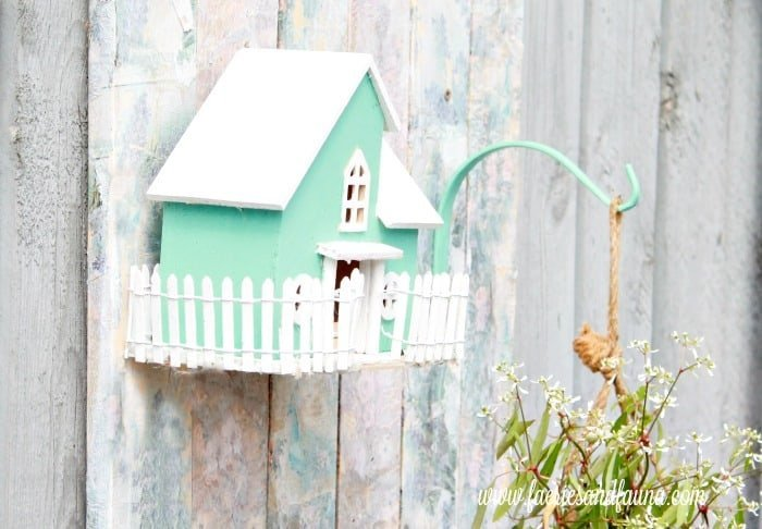 Bird house accessories for a DIY pallet wood flower box.