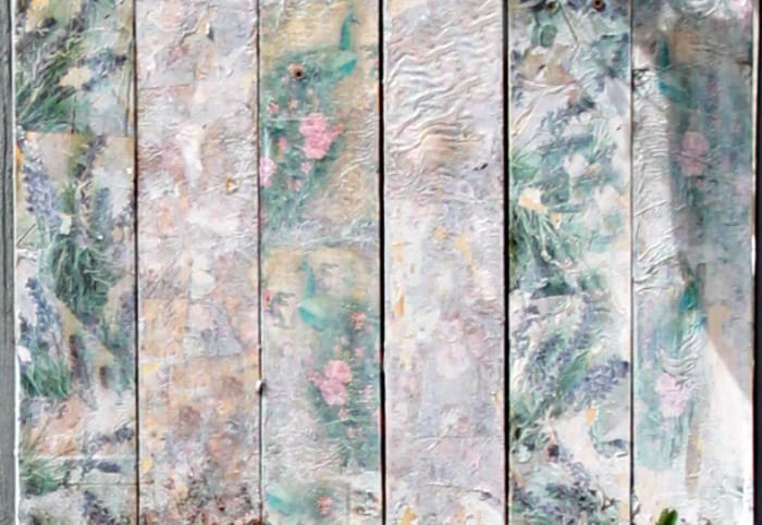 Close of of mod podge and napkin covered wood, for a pretty diy pallet wood flower box. A pallet wood flower box for the back yard, DIY Wood Planter Plan, DIY flower box DIY planter, mod podge projects, mod podge crafts