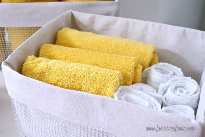 Drop cloth lined wire basket