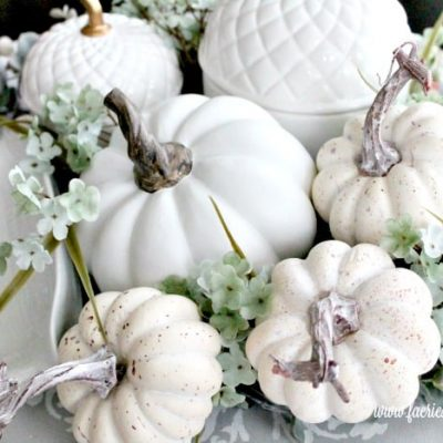 How to Make a Fall Centerpiece for a Kitchen Table