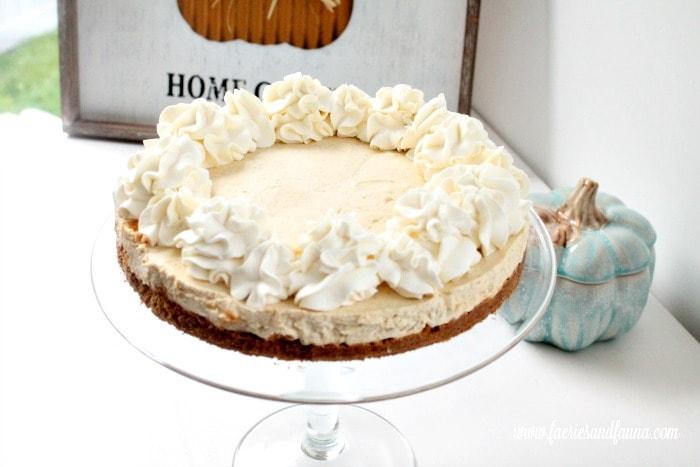 No bake pumpkin cheesecake recipe for fall dessert.