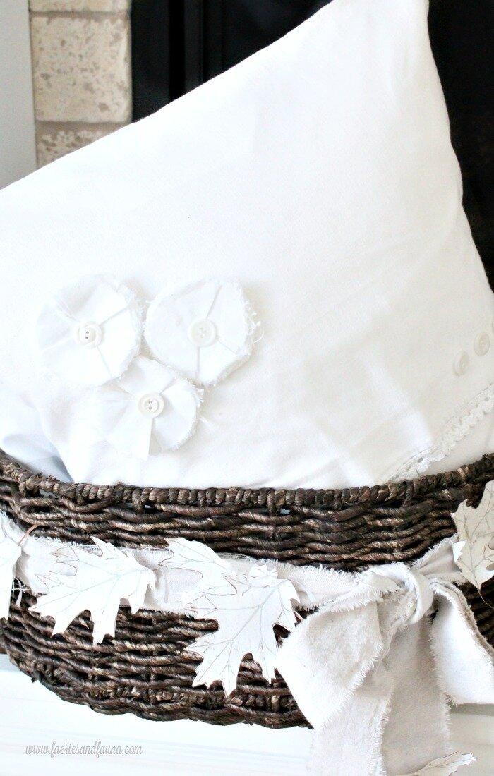 Elegant looking crisp linen farmhouse pillow cover.