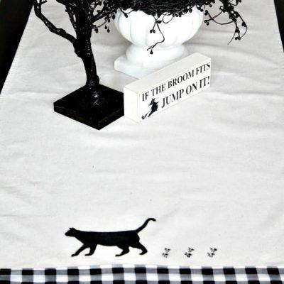 Homemade Halloween Decoration – A Black Cat Table Runner