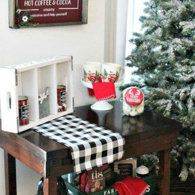 DIY Hot Chocolate Bar Sign and Stand