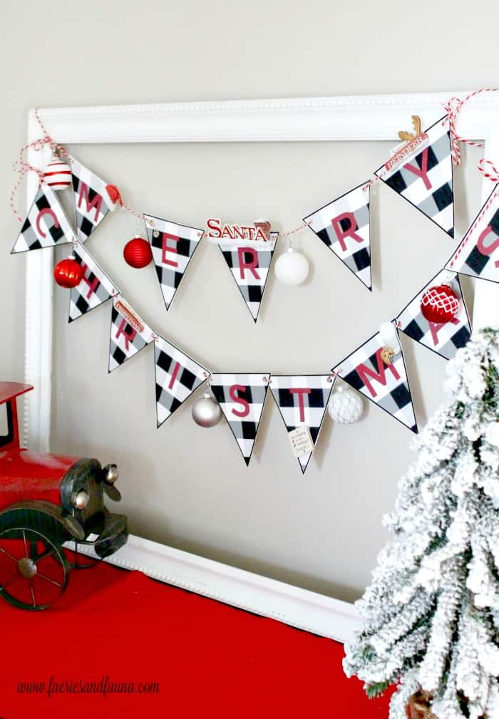 A buffalo check Christmas Banner that easy enough for Children to make.