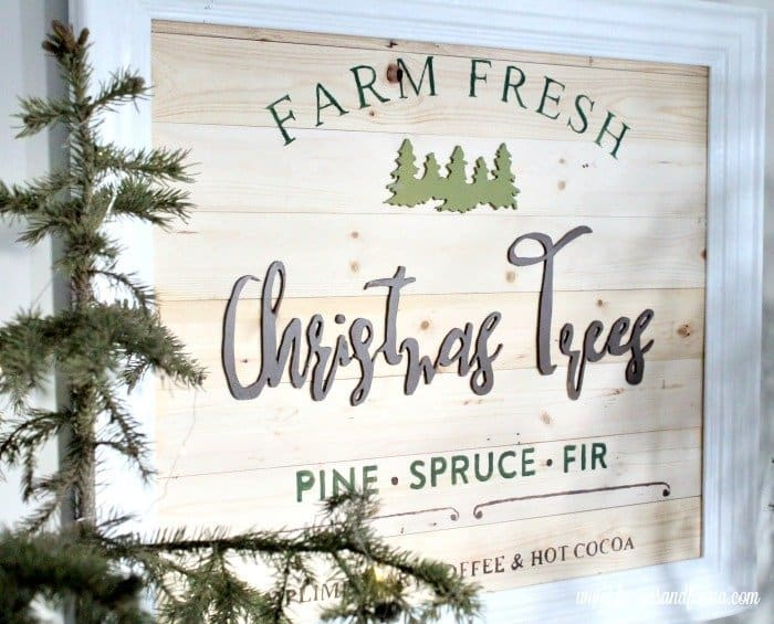 Farm Fresh Christmas Trees DIY Christmas sign in natural colours.
