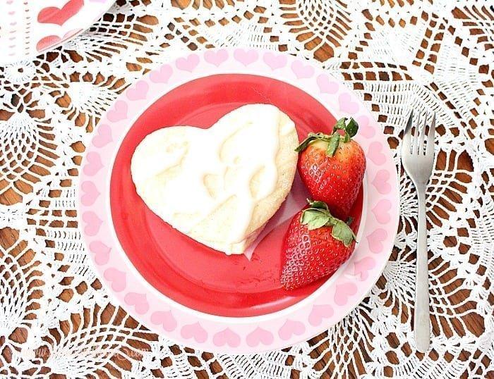 Lemon glaze on a Valentine dessert recipe.