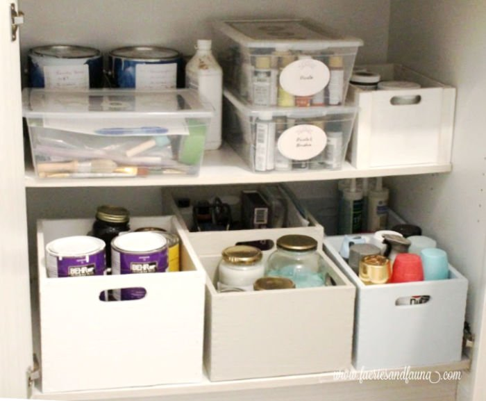 How to organize painting supplies, and how to store painting supplies with free printable labels.