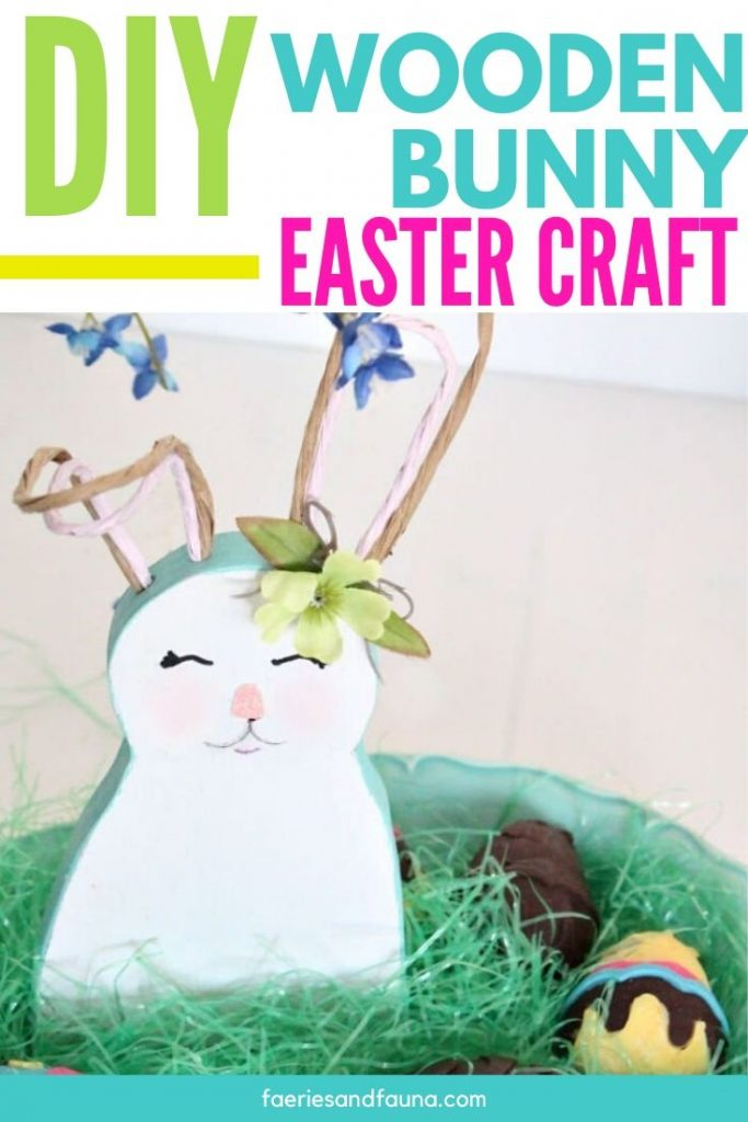 Wooden Easter crafts free pattern for bunny decor.
