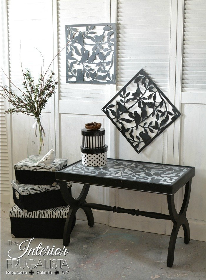 Black and white end table makeover for the living room