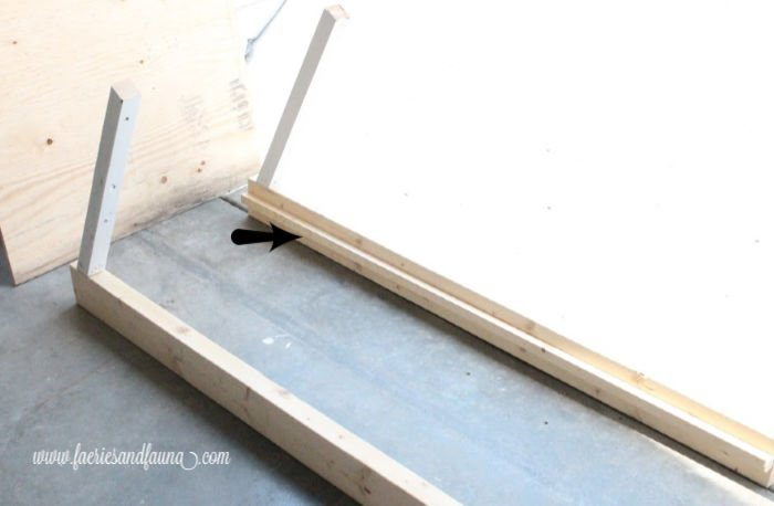 How to build the frame for a DIY dog ramp