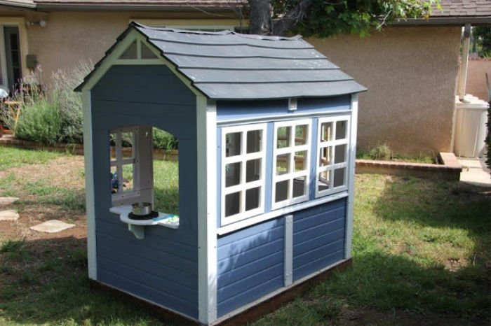 How to makeover a playhouse