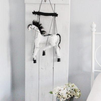 Garage Sale Vintage Horse Toy Makeover