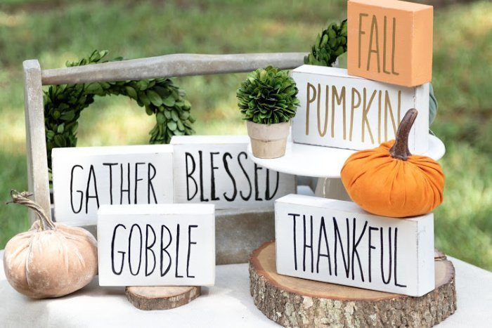 Rae Dunn Inspired Wood Signs for Fall