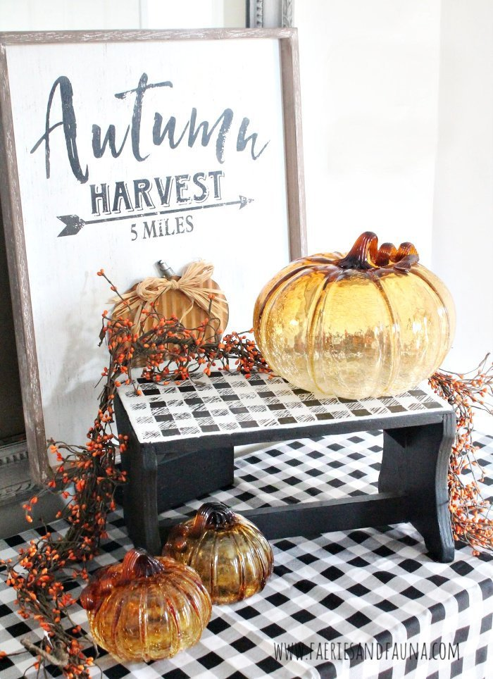 How to Make a Vintage stool with DIY silhouette stencil and buffalo check.