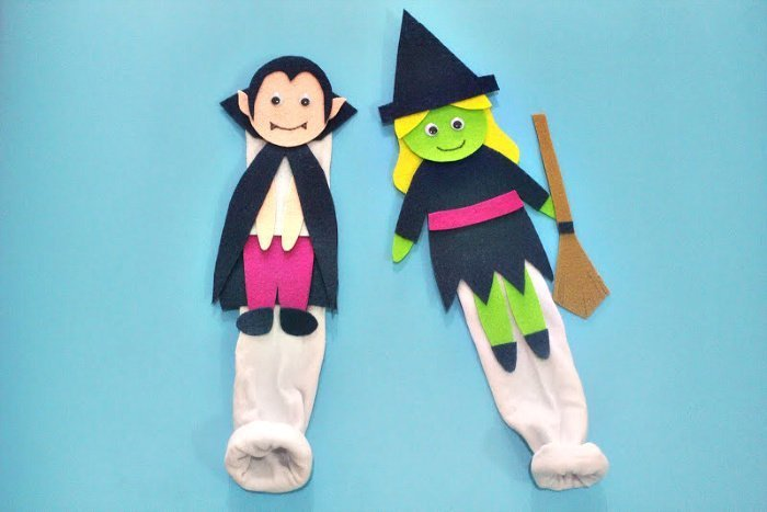 Halloween craft for kids, an easy to make witch themed sock puppet