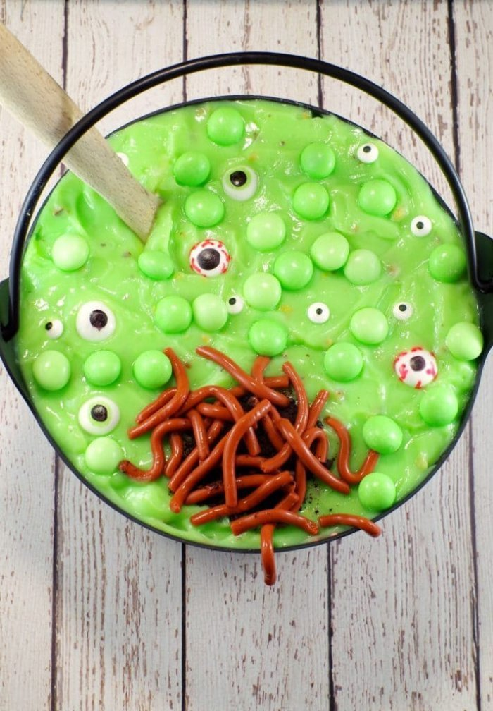 A Halloween treat dessert recipe that looks like witches brew.