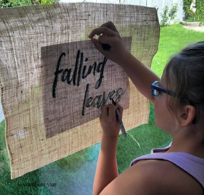 How to trace letters onto burlap making a DIY Fall sign for kids
