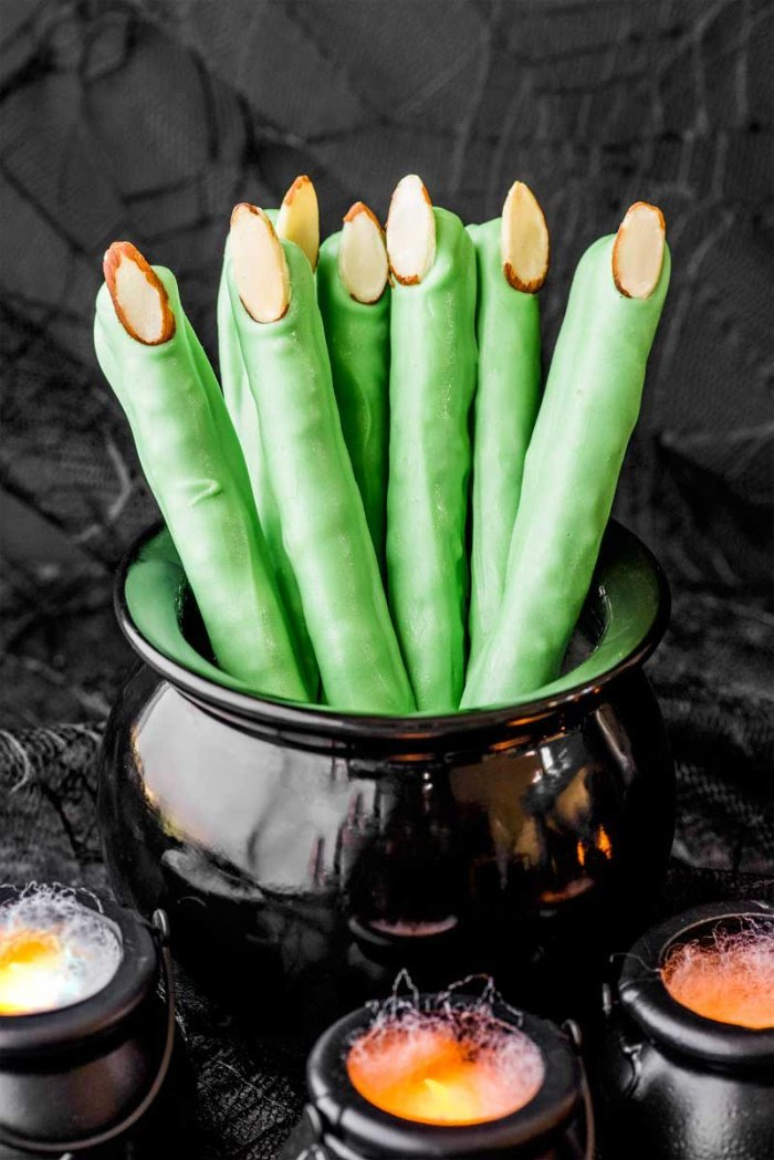 Chocolate covered pretzels Halloween treats that look like witches fingers