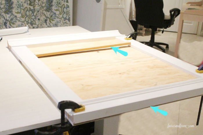 How to make a paper scroll sign hangar