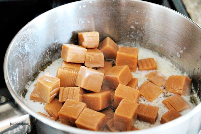 How to melt caramel for a Christmas cookie recipe with chocolate, coconut, shortbread and caramels.
