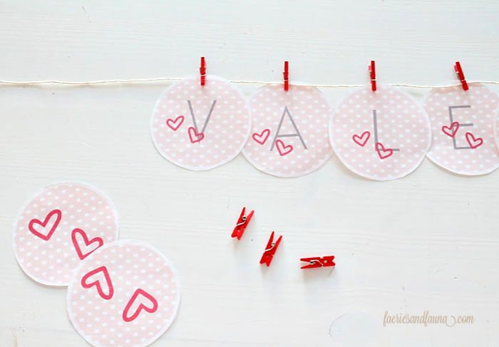 Free Valentines decoration and craft idea. A free valentine printables to cut out and hang to create a banner