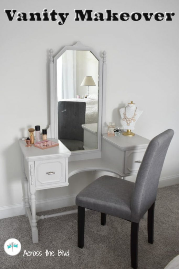 Vanity Makeover for a Farmhouse Look