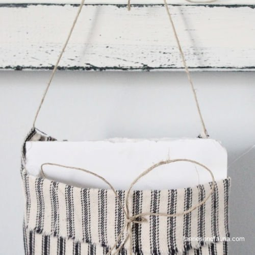 Adding foam board or cardboard to stiffen a DIY fabric pouch