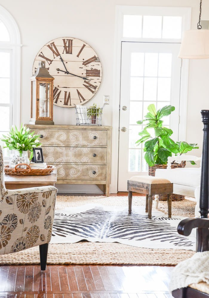 Home decor tutorial on focal points