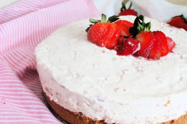 A large no bake strawberry rhubarb cheesecake recipe, made from scratch with all natural ingredients.