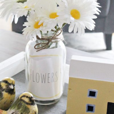 10 Minute Mason Jar Flower Arrangement